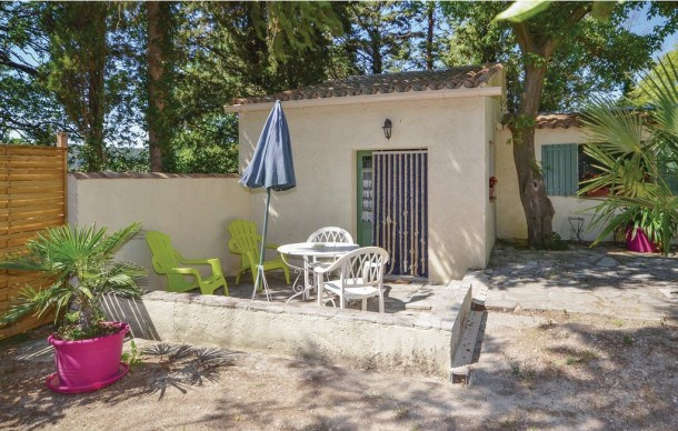 Location vacances Crillon-le-Brave -  Maison - 4 personnes - Télévision - Photo N° 1