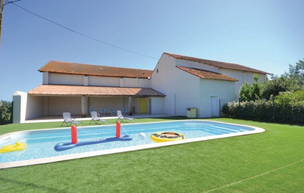 Location vacances Arles -  Appartement - 4 personnes - Jardin - Photo N° 1