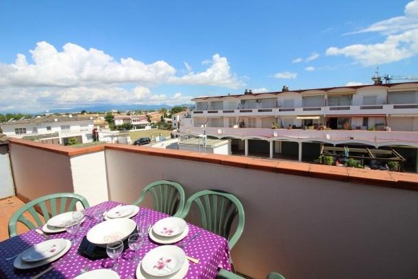 0188-SANT MORI Apartment near the beach