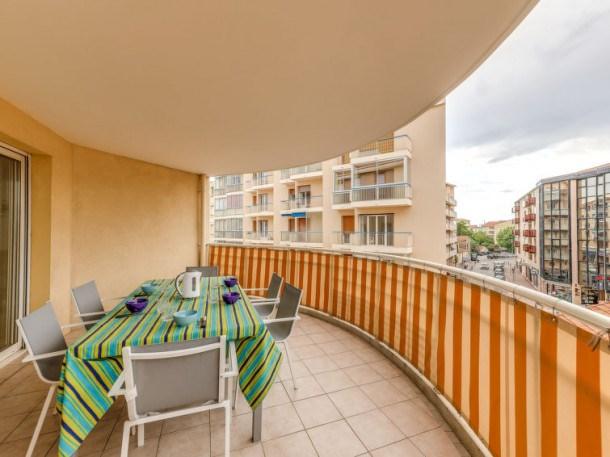 Location vacances Saint-Raphaël -  Appartement - 6 personnes - Télévision - Photo N° 1