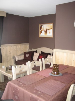 Location vacances Les Gets -  Appartement - 6 personnes - Salon de jardin - Photo N° 1