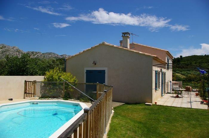 Maison de charme avec piscine située dans les Alpilles pour 7 personnes
