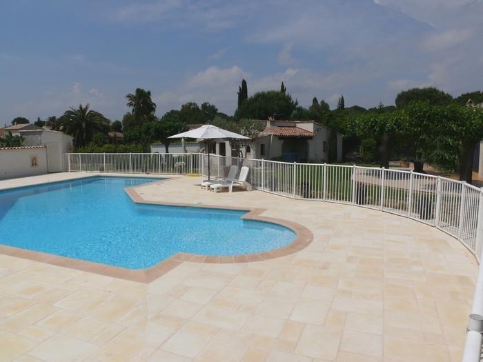 Maison pour 3 pers. avec piscine privée, Roquebrune-sur-Argens