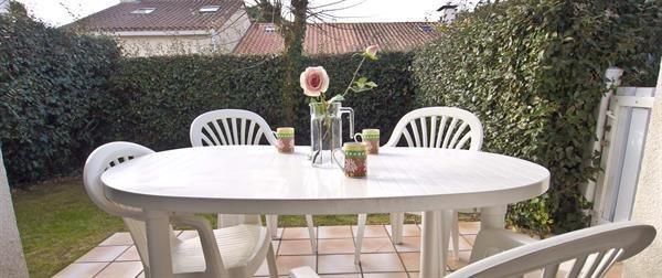 Location vacances Les Sables-d'Olonne -  Appartement - 4 personnes - Terrasse - Photo N° 1