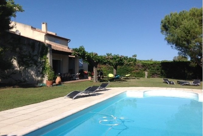 Holiday rentals Mallemort - House - 8 persons - BBQ - Photo N° 1