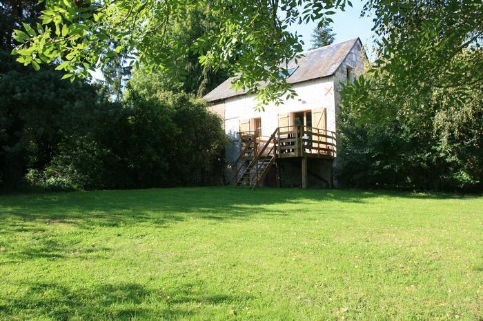 la maison , sa terrasse et son jardin privatif