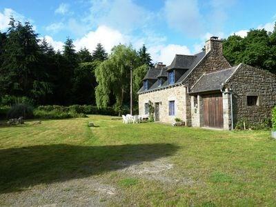 Maison de campagne, conviviale et rénovée, au centre d'une propriété