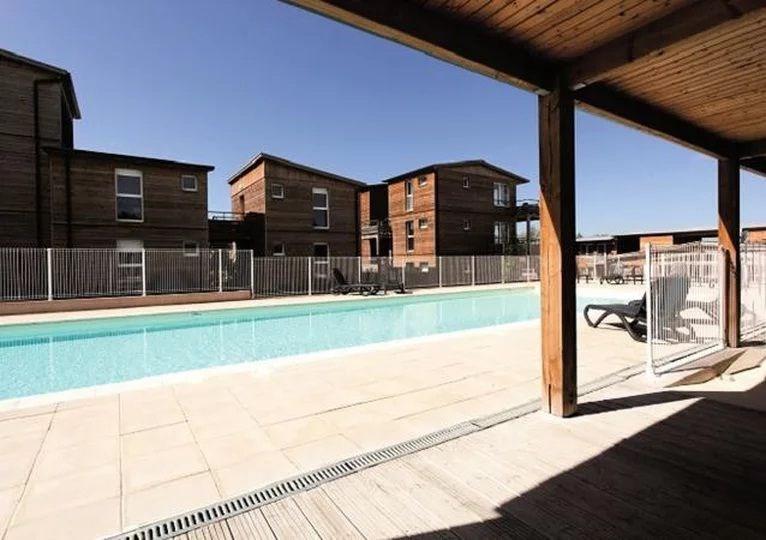 4 pièces duplex 7/8 personnes (65 m²).