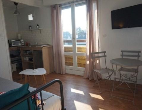 Location vacances Merville-Franceville-Plage -  Appartement - 2 personnes - Micro-onde - Photo N° 1