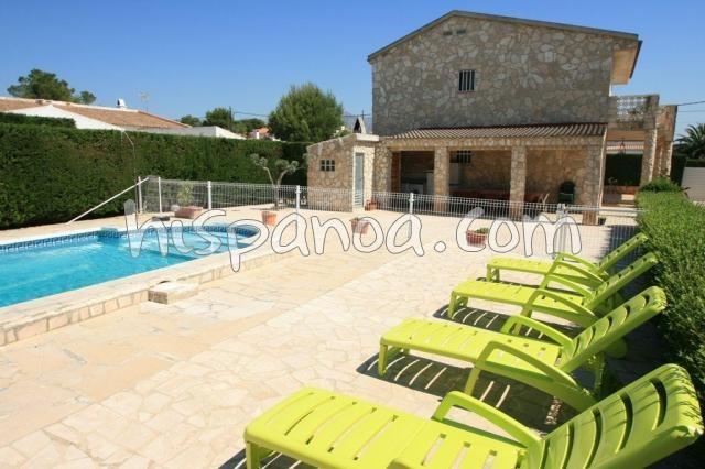 Villa à louer pour 12 pers à Ametlla de Mar avec piscine sécurisée  sartha