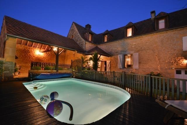 pour 6 pers. avec piscine privée, Veyrignac