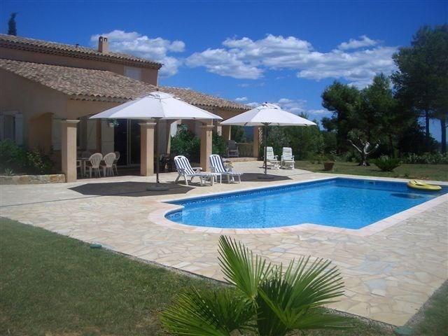 Cette maison de vacances est ravissante, située dans le petit village de Sauveclare, à 2,5km de Flayosc (Provence-Alp...