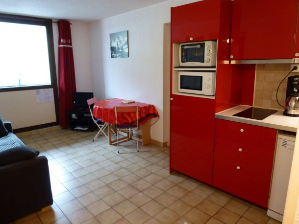 Location vacances Lanslevillard -  Appartement - 3 personnes - Télévision - Photo N° 1