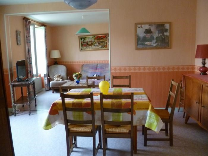 Holiday rentals Orcines - House - 5 persons - BBQ - Photo N° 1
