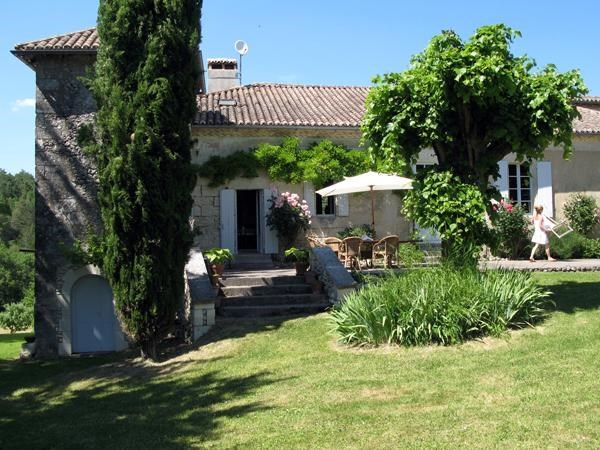 Location vacances Tocane-Saint-Apre -  Maison - 15 personnes - Barbecue - Photo N° 1