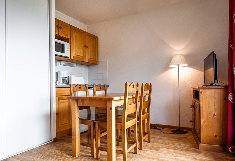 Holiday rentals Besse-et-Saint-Anastaise - Apartment - 4 persons -  - Photo N° 1