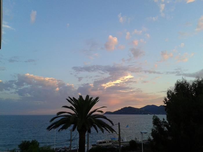 Holiday rentals Cannes - Apartment - 4 persons - Deck chair - Photo N° 1