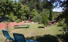 Location vacances Cotignac -  Chambre d'hôtes - 12 personnes - Salon de jardin - Photo N° 1