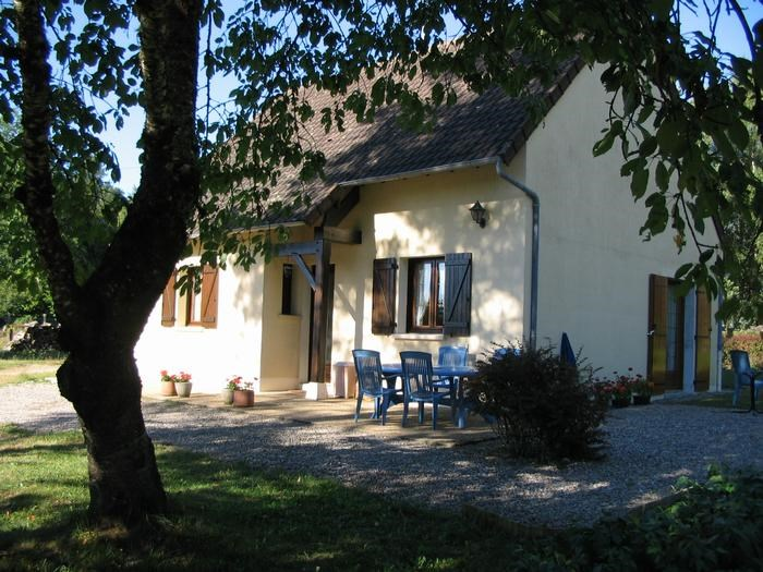 Holiday rentals Gros-Chastang - House - 5 persons - BBQ - Photo N° 1
