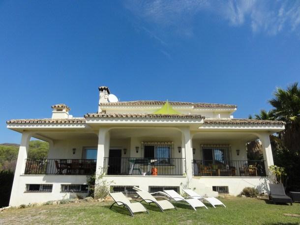 Location vacances Marbella -  Maison - 10 personnes - Barbecue - Photo N° 1