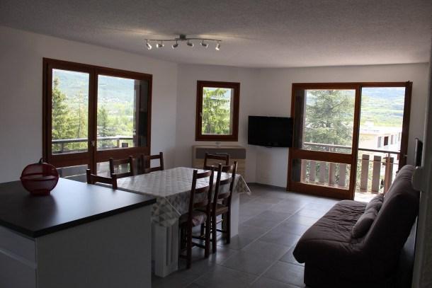 Location vacances Embrun -  Appartement - 6 personnes - Télévision - Photo N° 1