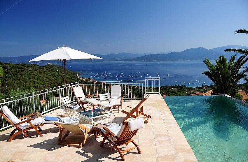 Villa avec vue imprenable sur le golfe de Valinco