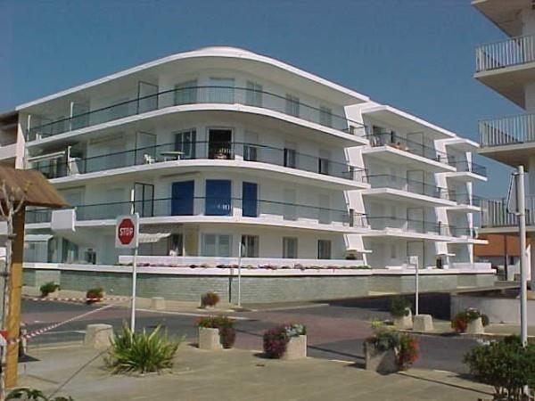 Location vacances Notre-Dame-de-Monts -  Appartement - 4 personnes - Terrasse - Photo N° 1