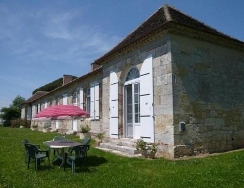 Location vacances Castéron -  Maison - 6 personnes - Barbecue - Photo N° 1