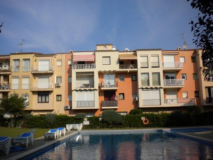 Appartement pour 4 pers. avec piscine, Castelló d'Empúries