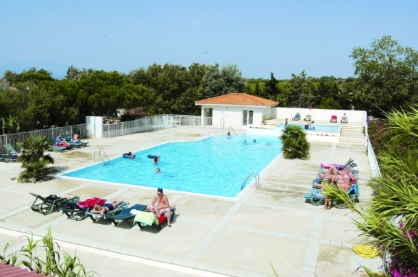 Camping Fontaines 3* - Mh 2 ch 6 pers (max 5 adultes + 1 enfant -14a)