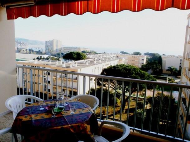 Location vacances Le Lavandou -  Appartement - 2 personnes - Télévision - Photo N° 1