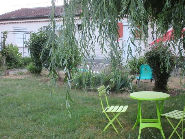 Location vacances Aussonne -  Maison - 6 personnes - Barbecue - Photo N° 1