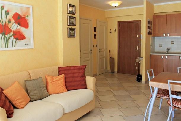 Viva Riviera Central 1 Bedroom with balcony