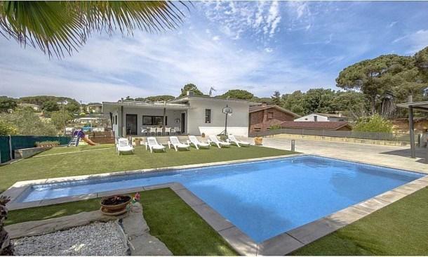 104712 -  Villa in Sils