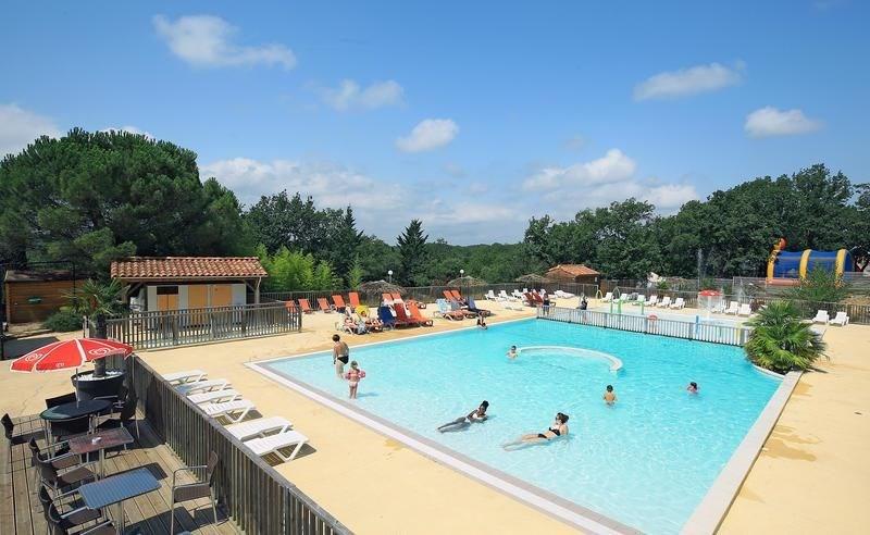 Campéole Les Reflets du Quercy, 43 emplacements, 89 locatifs