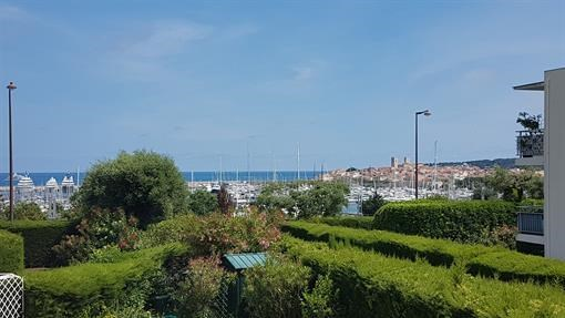 Location vacances Antibes -  Appartement - 6 personnes - Barbecue - Photo N° 1