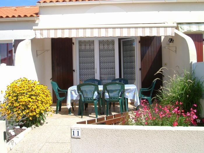 Maison pour 6 pers. avec piscine, Brem-sur-Mer