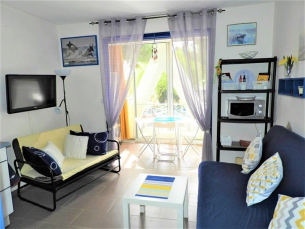 STUDIO AGREABLE VUE DEGAGEE SUD CENTRE VILLE - 3 Couchages