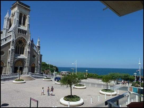 Studio T1 vue sur mer, 30m de la plage, sur le port, Biarritz, Pays basque