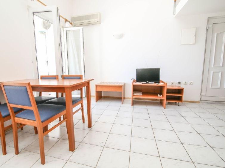 Appartement pour 6 à Šolta/Nečujam