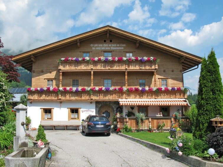 Location vacances Kaltenbach -  Appartement - 18 personnes -  - Photo N° 1