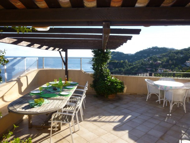 Beau penthouse à louer  Port la Galere pres Cannes