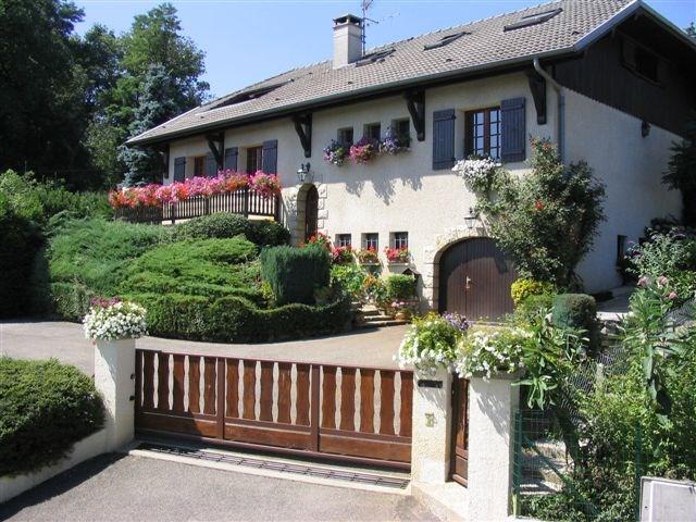 Ferienwohnungen Rumilly - Hütte - 5 Personen - Liegestuhl - Foto Nr. 1