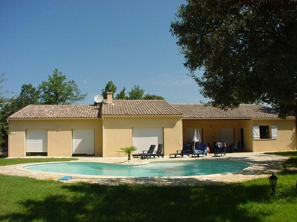 Ruime villa 'La Ponche' voor 8 personen, met privé zwembad