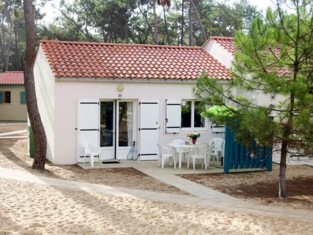 Location vacances Saint-Hilaire-de-Riez -  Maison - 6 personnes - Billard - Photo N° 1