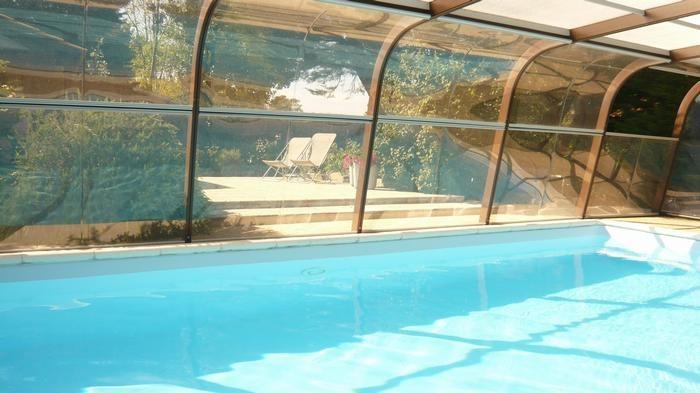piscine couverte chauffée toute l'année