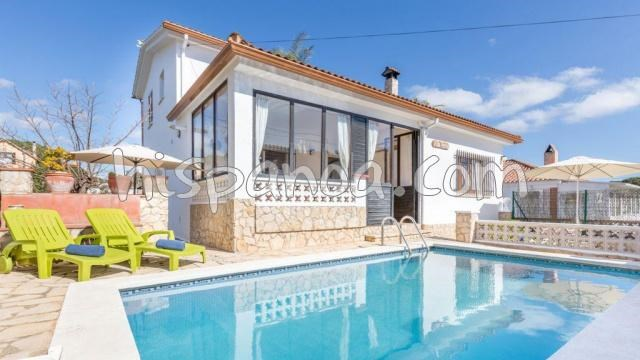 Location vacances Blanes -  Maison - 10 personnes - Barbecue - Photo N° 1