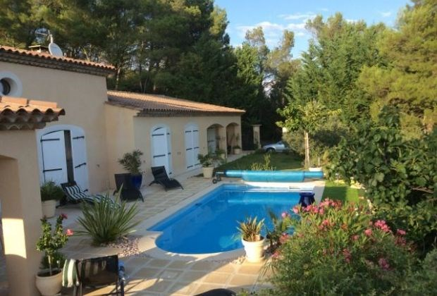 Le Figuier is a charming holiday house located in the picturesque and world-renowned town of Salernes....