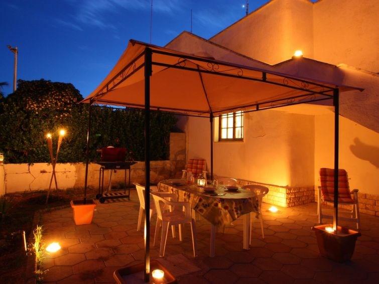 Location vacances Taviano -  Maison - 6 personnes -  - Photo N° 1