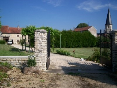 HIRING BURGUNDY LODGING - Fontaines-en-Duesmois